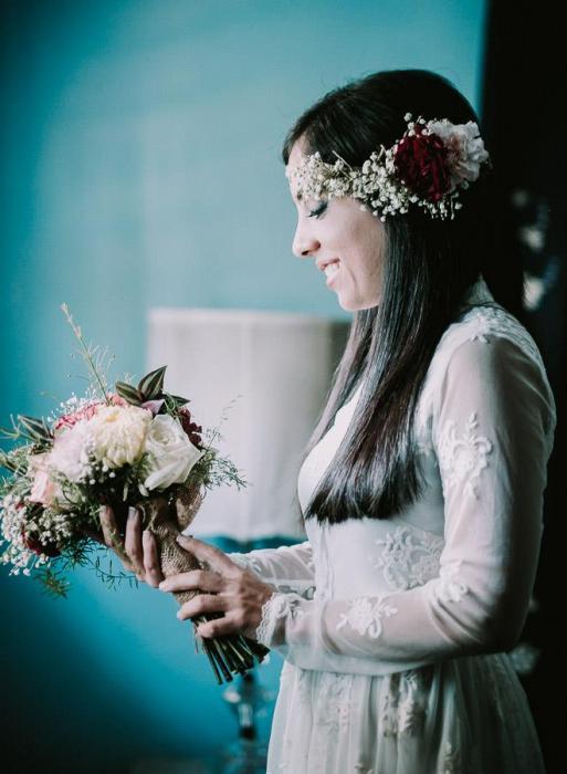 Tocados con flores, diademas, coronas, look perfecto para boda primaveral!!